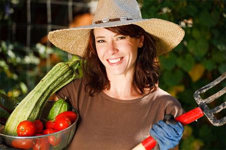 χαρούμενη καλλιεργητής