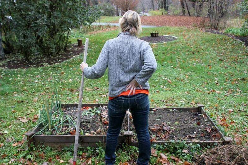Κηπουρική Για Άτομα Με Πρόβλημα Στη Μέση