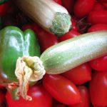 Στήριξη Ντομάτας με Καλάμια - Ντομάτες Πιπεριές Κολοκύθια - Παραγωγή από τον Κήπο σας