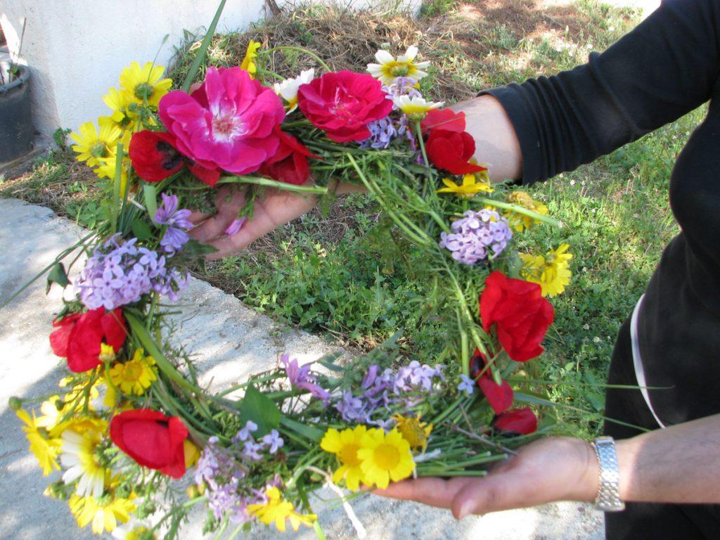 Στεφάνι με λουλούδια